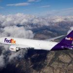 Американские авиакомпании приступили к перевозке вакцины от COVID-19